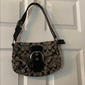 🌼AUTHENTIC coach signature small shoulder bag 🌼